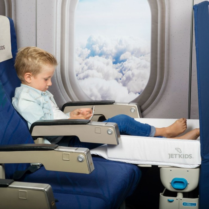 jetkids-bedbox-travel-bed-on-board